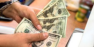 top reasons to use cash